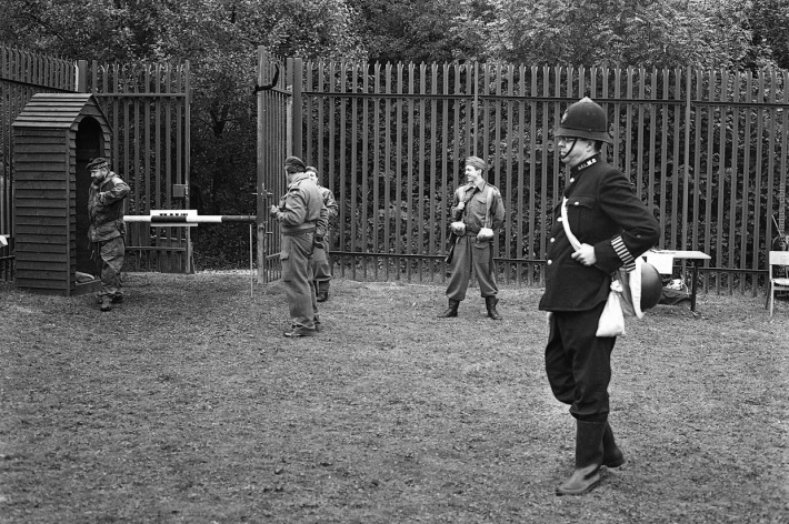 Some of the regular re-enactors (Contax G1, 45mm, XP2)