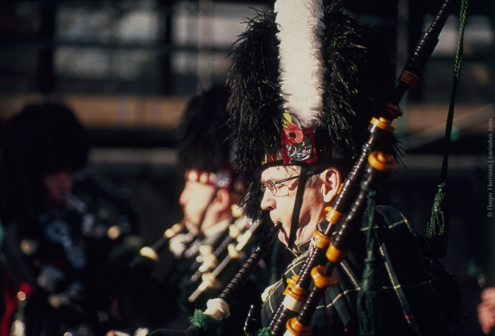 Piper from the City of Swansea Pipe Band (Olympus OM-4ti, 85mm)